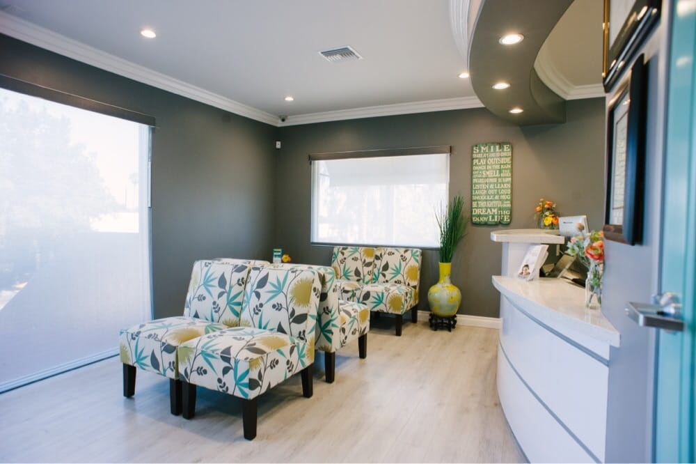Mint Dental Loft  10 Photos \u0026 44 Reviews  Teeth Whitening \u0026 Cosmetic Dentistry  2095 Lincoln