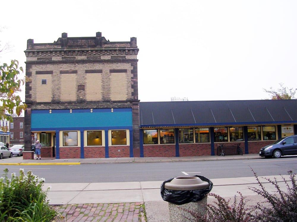 Chequamegon Food Co-Op: 700 Main St W, Ashland, WI