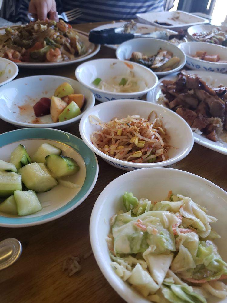 Sunshine's Chinese & Korean BBQ: 2706 E Alondra Blvd, Compton, CA