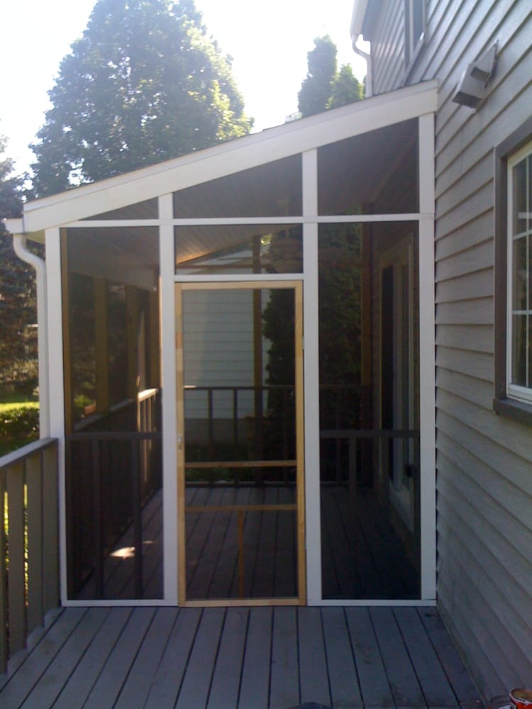 how to add privacy screen to existing deck