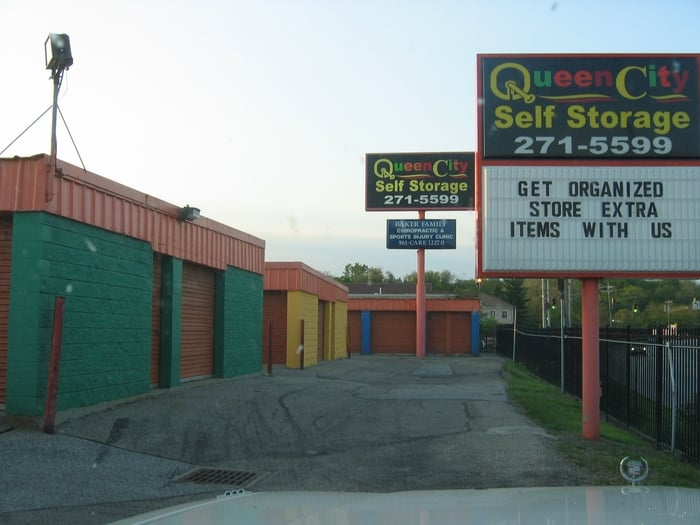 Queen City Self Storage   Self Storage   4777 Red Bank Rd, Oakley,  Cincinnati, OH   Phone Number   Yelp