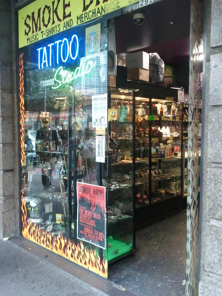 Smoke dreams tattoo parlours 292 flinders st for Local tattoo shops near me