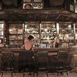 Thai pipe bar