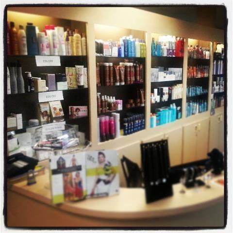 Jacqui Hair Salon: 5835 N Mesa St, El Paso, TX