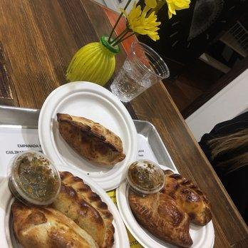 Empanada Kitchen 319 Fotos Y 286 Resenas Empanadas 819