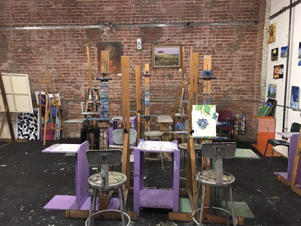 Paint lab 45 fotos 36 beitr ge kunstkurse 1453 for Cox paint santa monica