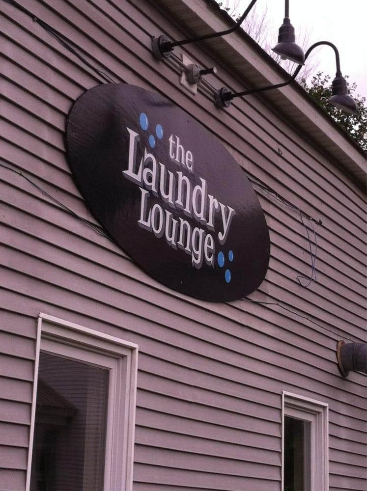 The Laundry Lounge: 36 Maple St, Jeffersonville, VT