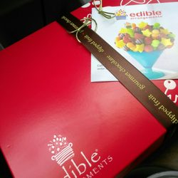 Edible arrangements 33 photos gift shops 26381 s tamiami trl photo of edible arrangements bonita springs fl united states the box itself mightylinksfo