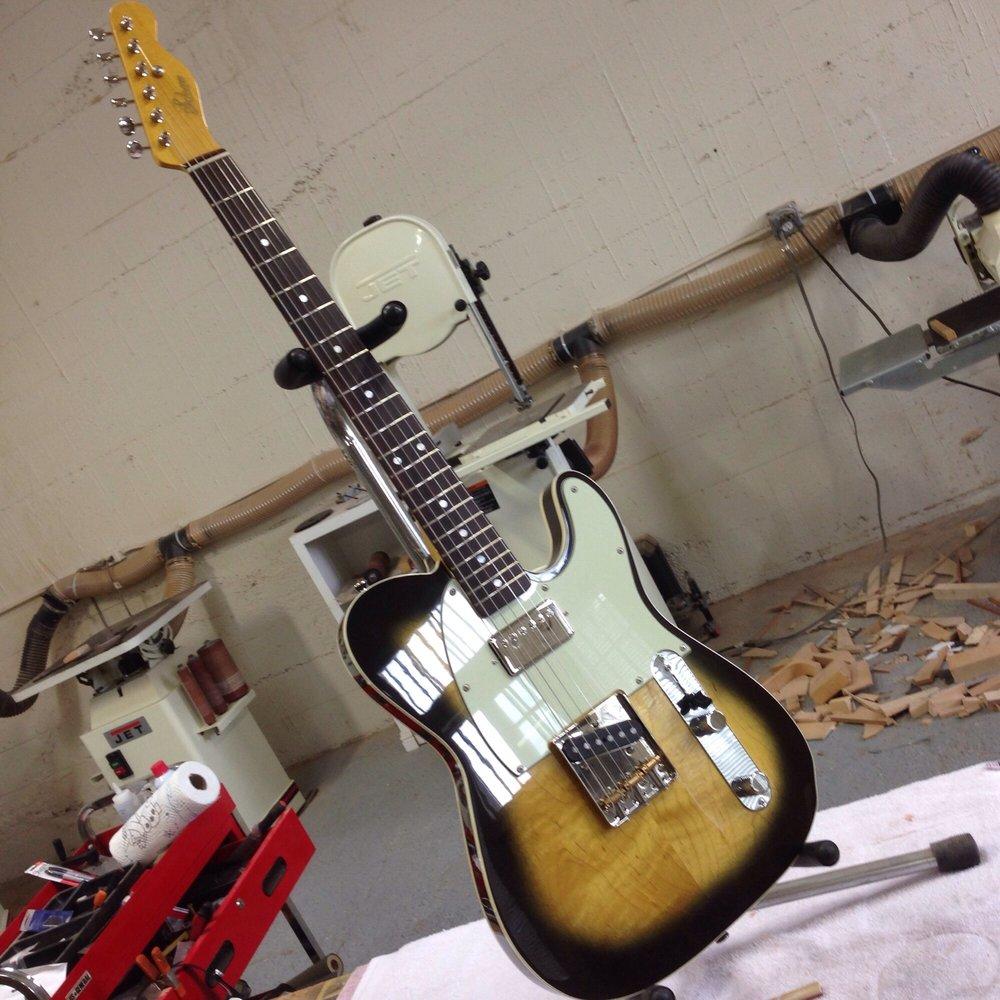 Schroom Custom Guitar Works: Vallejo, CA