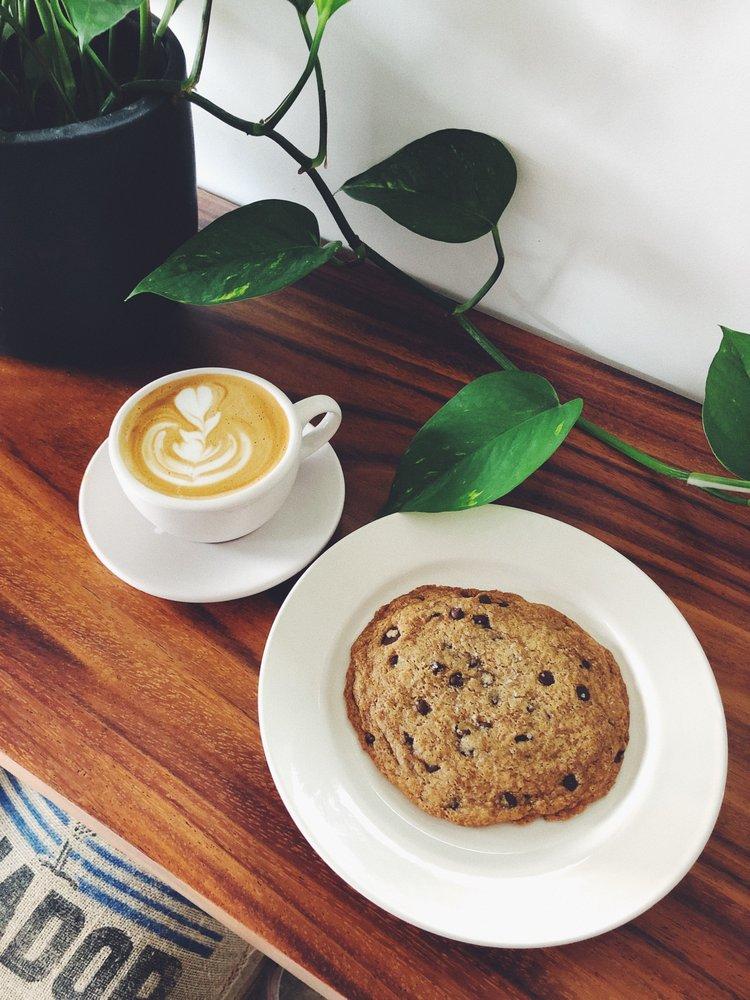 Food from Heartbreak Coffee