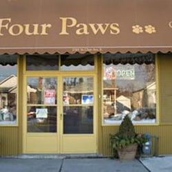 Four paws inc pet groomers 2785 street clair avenue e for 4 paws pet salon