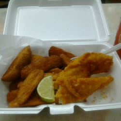 Crown fried chicken 10 reviews chicken wings 5530 for Moe s fish and chicken