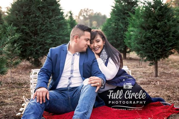 Full Circle Photography and Design