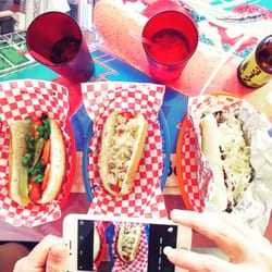 Lucky Dog Hot Dogs Round Rock