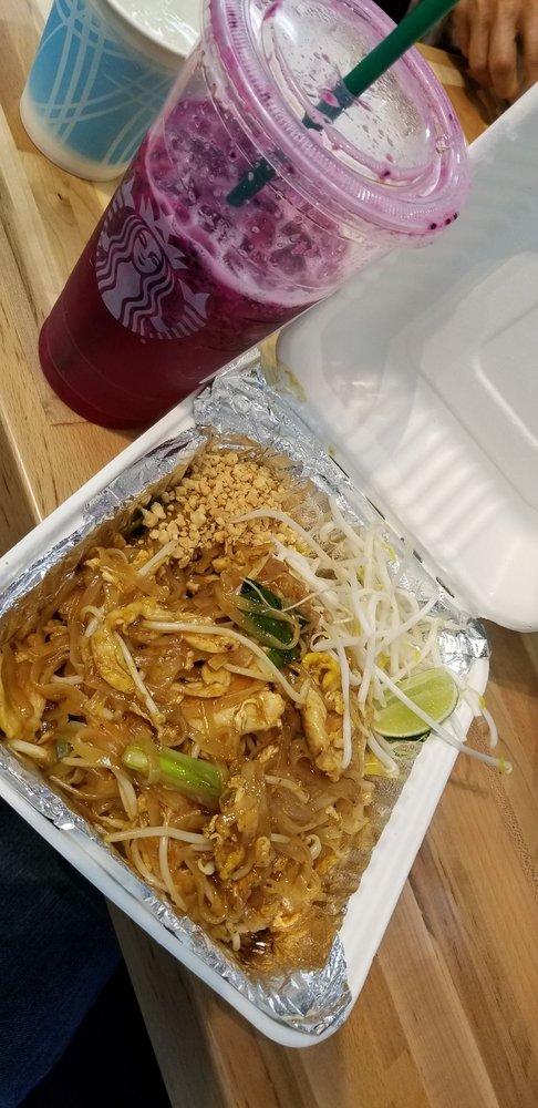Popular Thai: 1001 North Arney Rd, Woodburn, OR