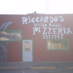 Riccardo's White Rabbit Pizzeria logo