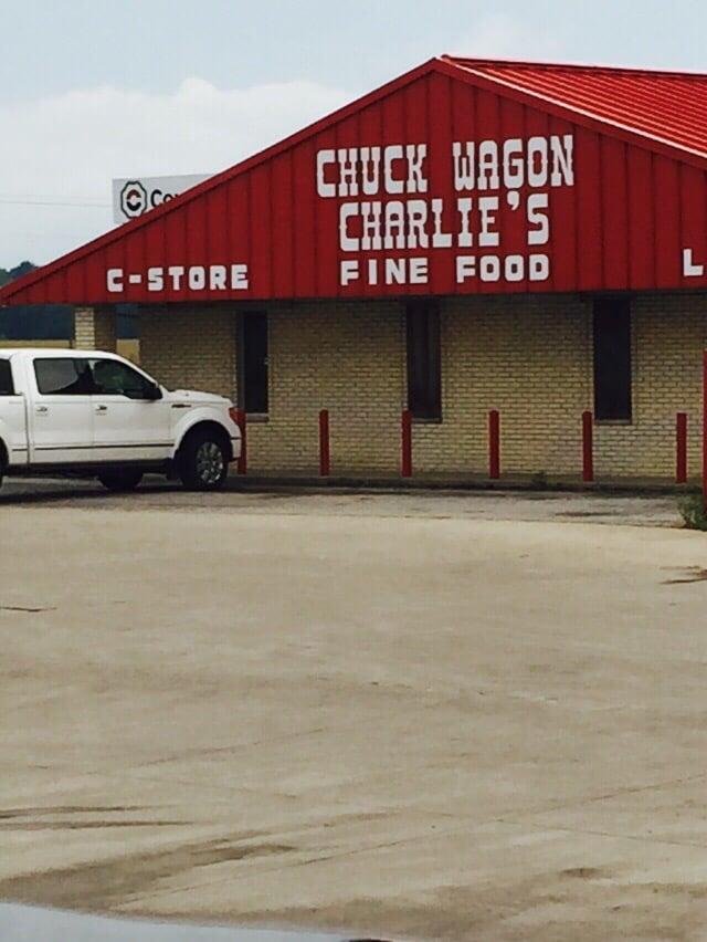 Chuck Wagon Chalie's: 746 County Road 2550 N, Burnt Prairie, IL