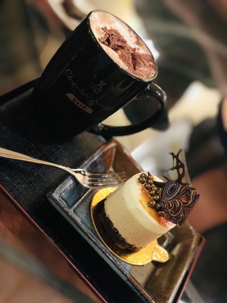 Chocolate Springs Cafe: 55 Pittsfield Rd, Lenox, MA