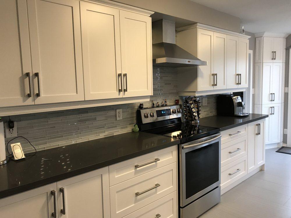 Brampton Kitchen & Cabinets