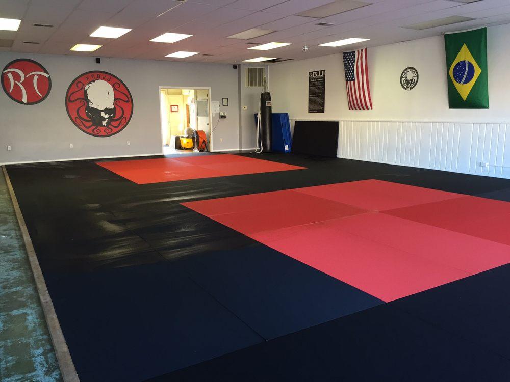 Kansas City Brazilian Jiu Jitsu: 5860 Beverly Ave, Mission, KS