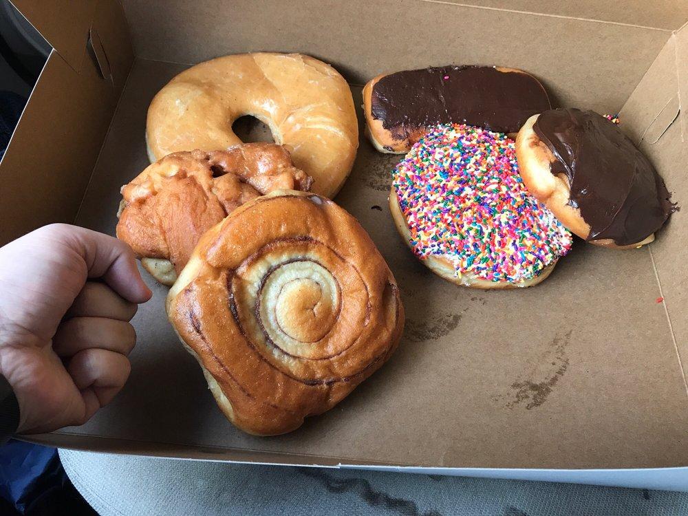 Bostwick Bakery of Greenville: 529 N Lafayette, Greenville, MI