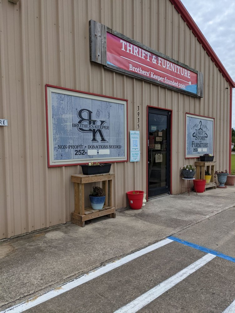 Brothers  Keeper Thrift Store: 3935 Caratoke Hwy, Barco, NC