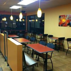 Jack In The Box Drive Thru Restaurants Fast Food 2095 N Us