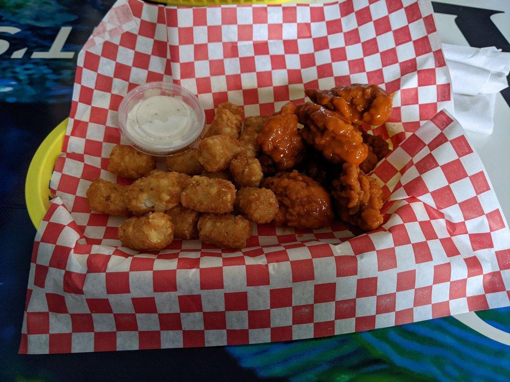 Paradise Bar & Grill: 1100 N Scott Ave, Belton, MO