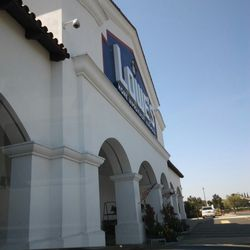 Lowe's Home Improvement - 33 Photos & 112 Reviews - Hardware Stores on