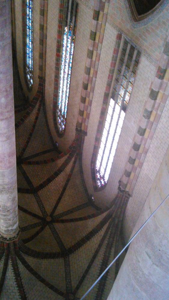 Reflet du plafond dans le miroir au sol yelp for Reflet dans le miroir