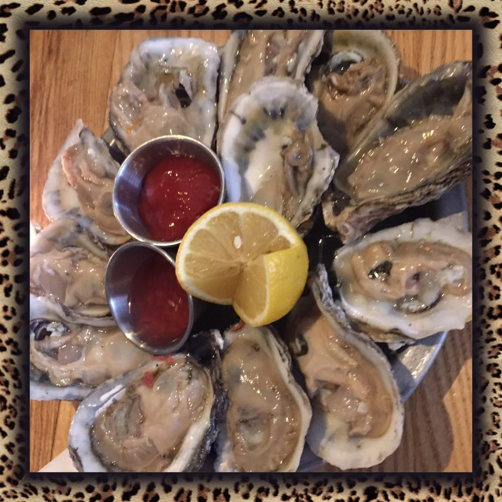 $1 oysters during happy hour - Yelp