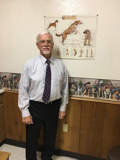 Azle Veterinary Medical Center: 605 W Main St, Azle, TX