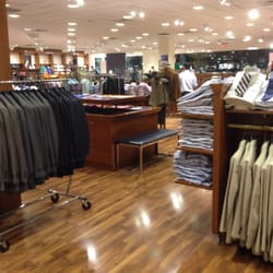 Brooks brothers factory outlet 12 reviews men 39 s clothing 900 camarillo center drive for Interior alternatives manufacturers outlet mall