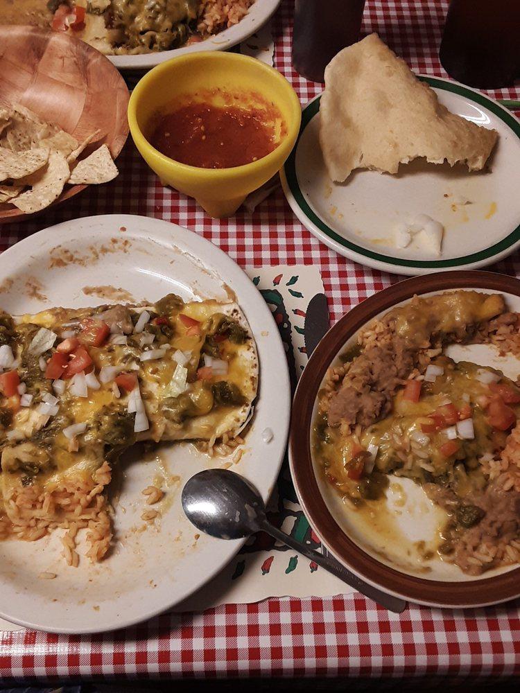Montano's Restaurant: 417 S Main St, Belen, NM