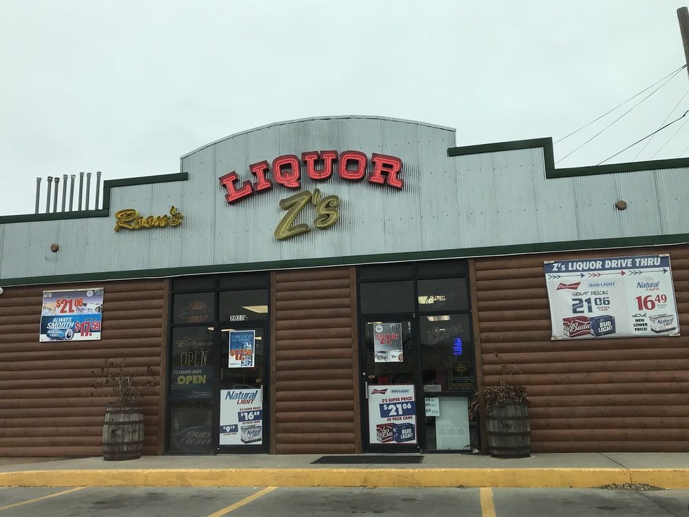 Photo of Z's Liquor Mart: Great Bend, KS
