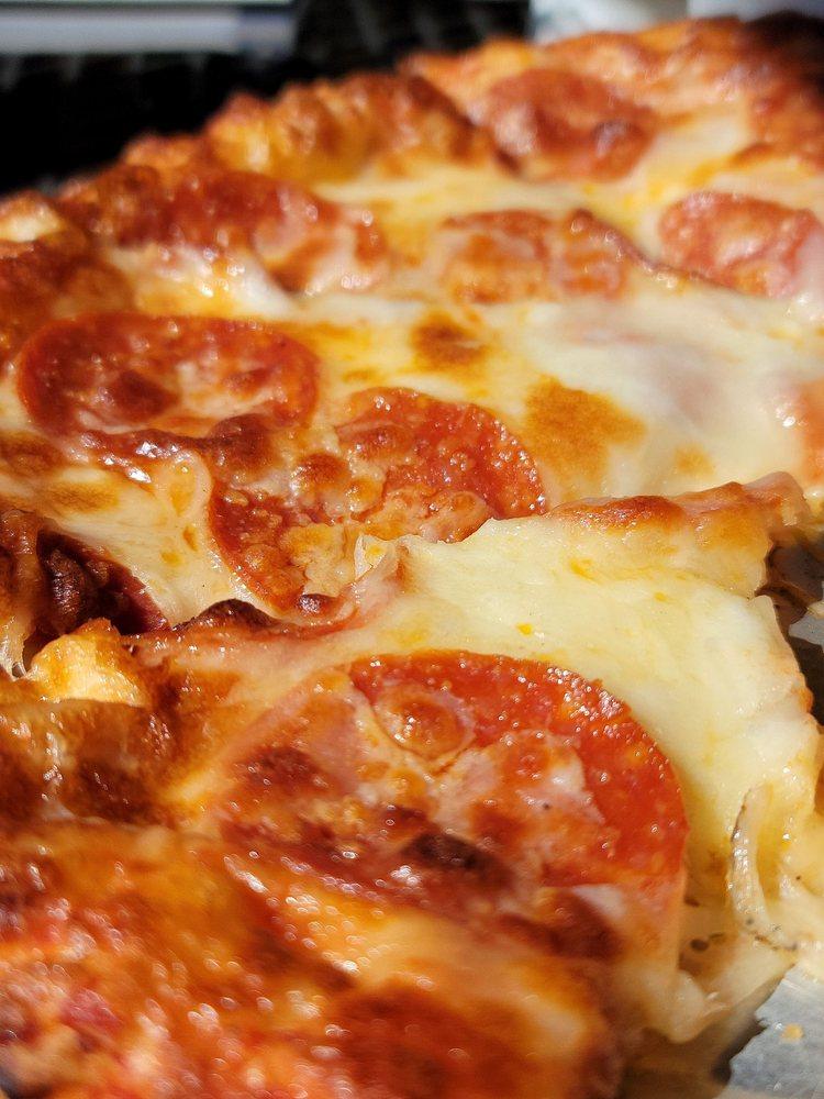 Pizza Port: 33923 State Hwy 51, Wagoner, OK
