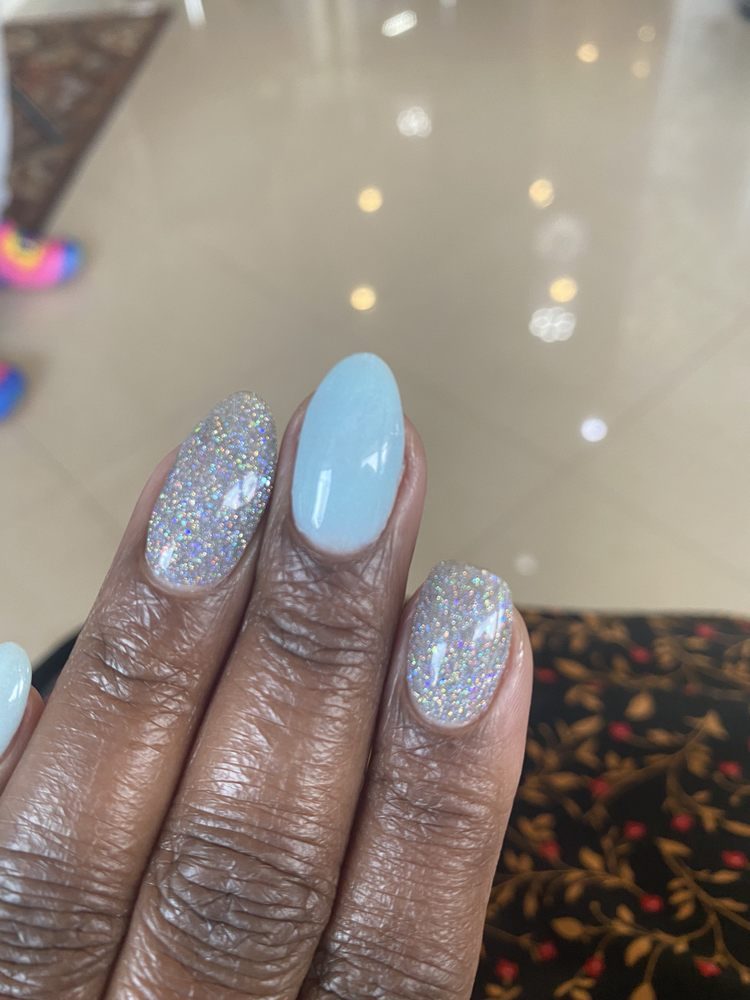 Diamond Nails and Spa: 42 St Patricks Sq, Saint Charles, MD