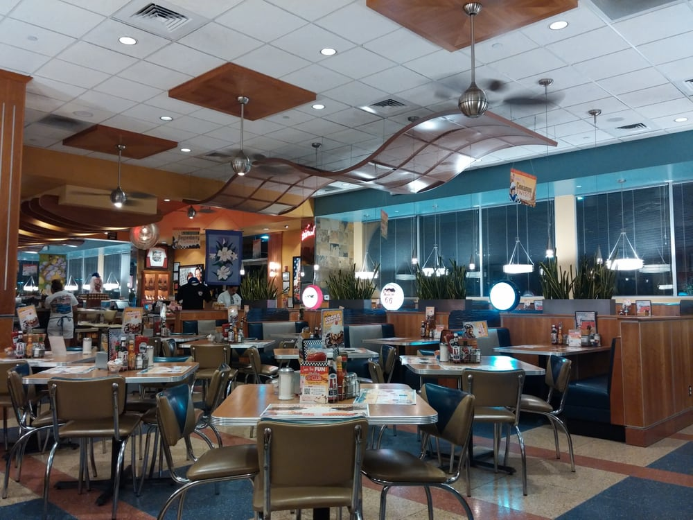 Richie S Real American Diner 325 Photos 417 Reviews Diners 8039 Monet Ave Rancho