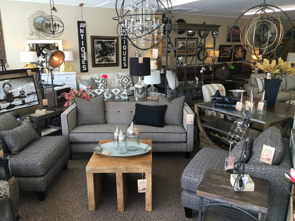 Niche Market Furniture: 424 Broadway St, New Haven, IN