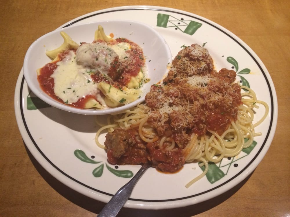 Spaghetti with meat sauce n meatball and tortelloni - Olive garden spaghetti and meatballs ...