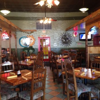 Los Mariachis Mexican Restaurant 15 Photos 30 Reviews Mexican