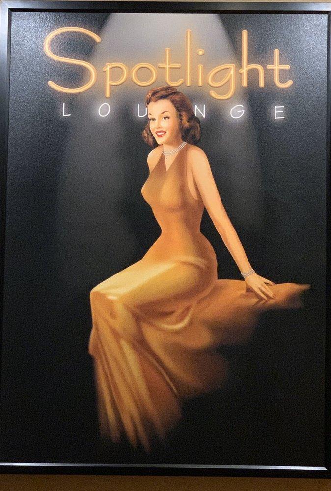 Spotlight Lounge: 5000 W 127th St, Alsip, IL