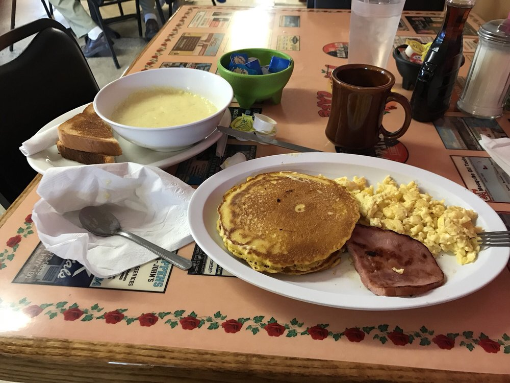 Normas Cafe: 710 N College Ave, Snyder, TX
