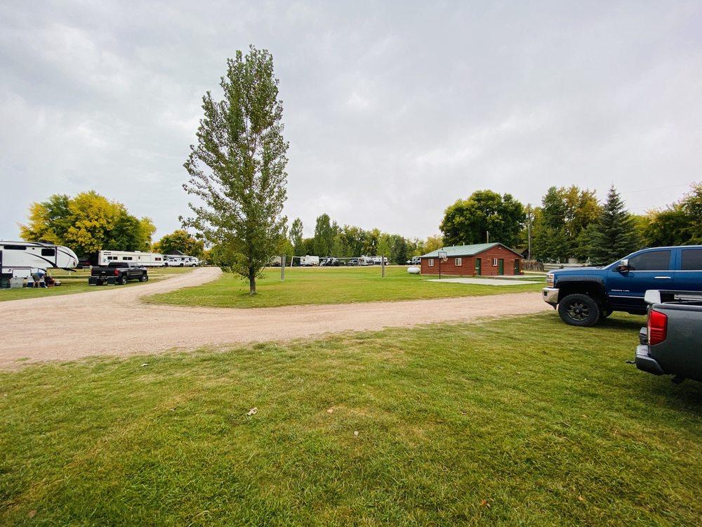 Bear Lake North RV Park & Campground: 220 N Main St, Saint Charles, ID