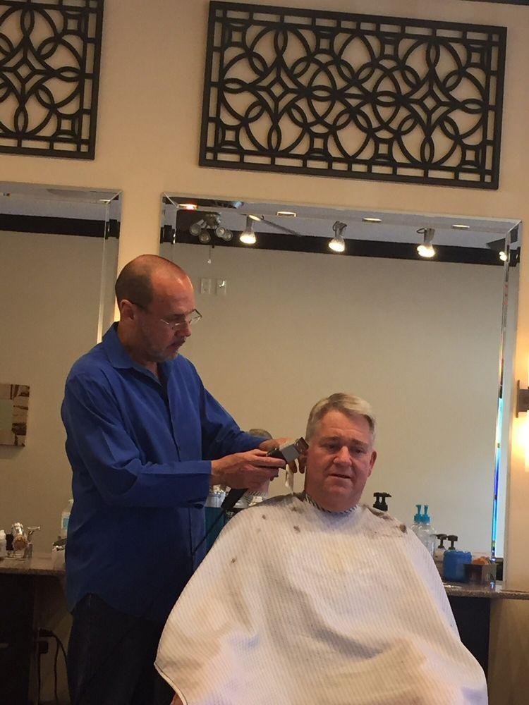 John the Barber: 136 S US Hwy 441, Lady Lake, FL