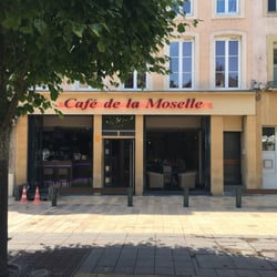 le caf de la moselle bars 13 place du march thionville moselle france restaurant. Black Bedroom Furniture Sets. Home Design Ideas
