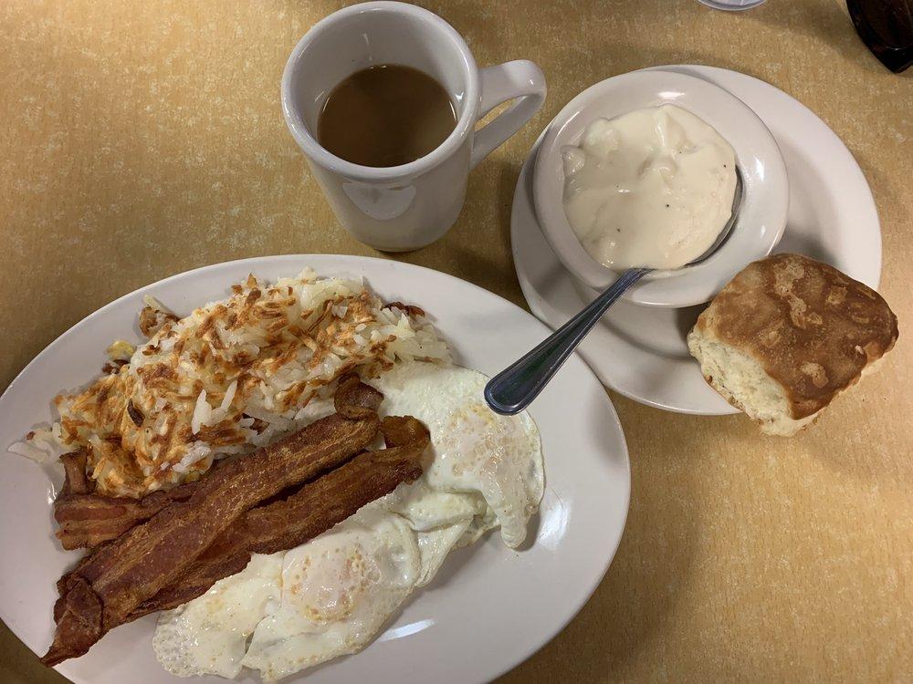 Mead Family Restaurant: 8146 Hwy 70 W, Mead, OK