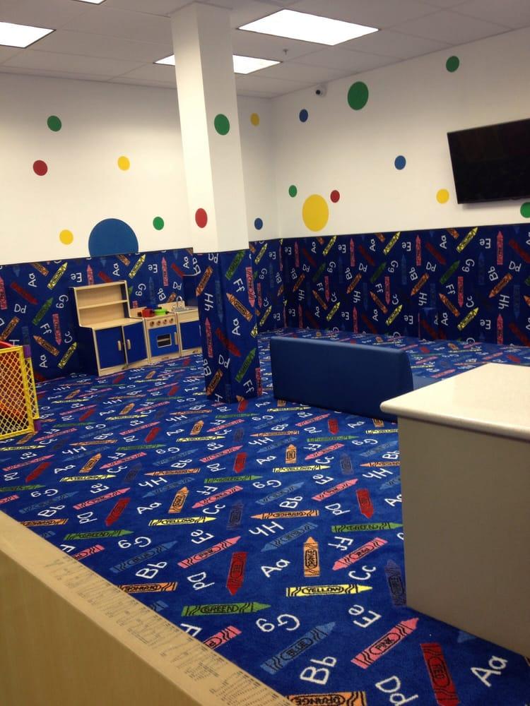 Kids club room yelp for Fitness 19 kids room