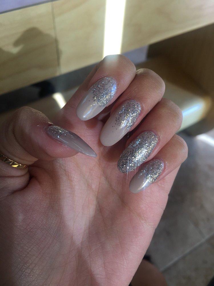 Fancy Nails & Hair: 2220 N Moorpark Rd, Thousand Oaks, CA