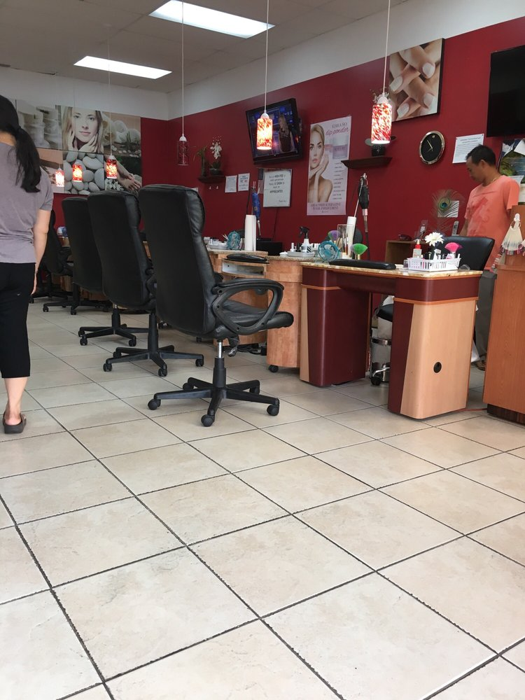 Donna Nails - 20 Reviews - Nail Salons - 2200 Coolidge Rd, East ...